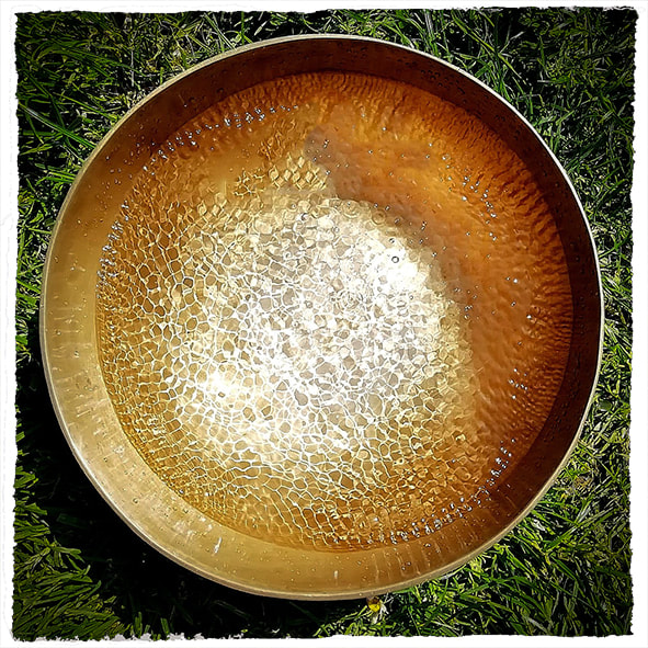 Singing bowl cymatic pattern